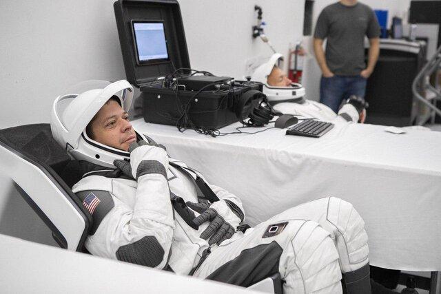 آماده سازی فضانوردان برای مأموریت دراگون