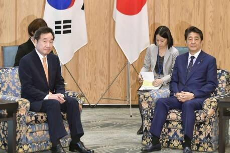 دیدار شینزوآبه با نخست وزیر کره جنوبی