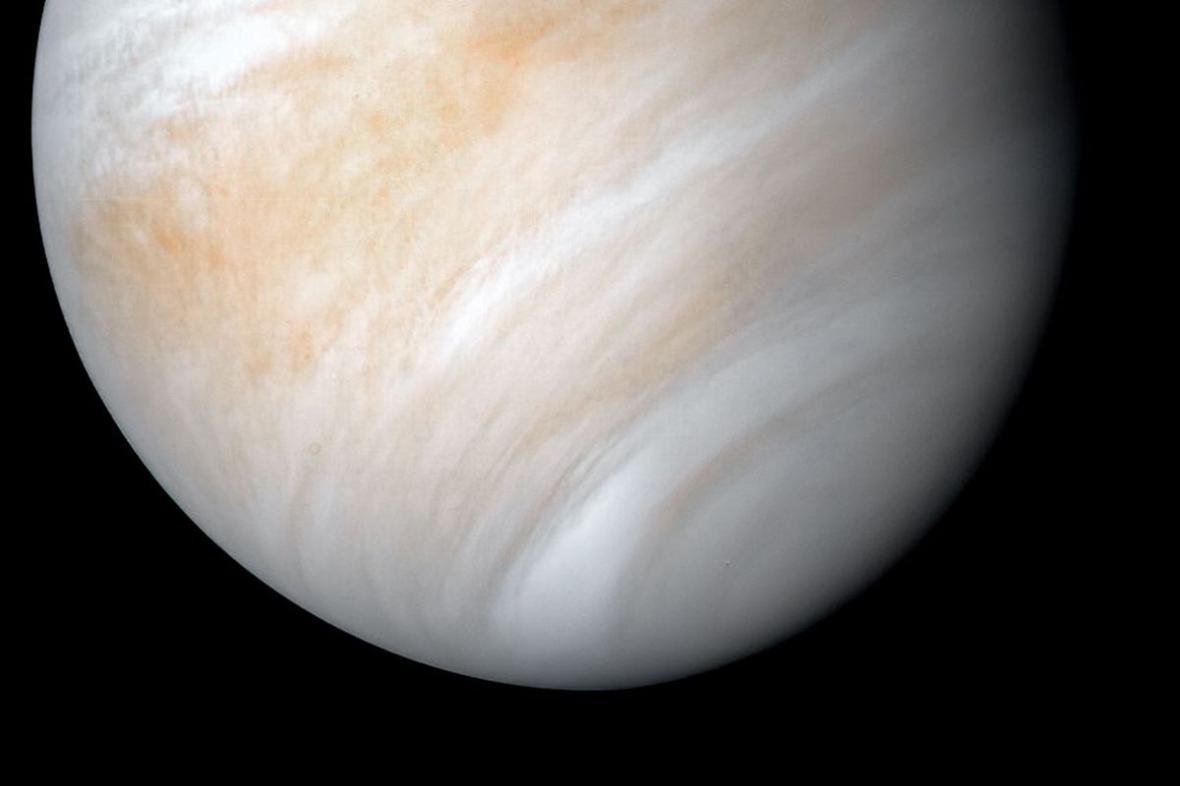 از ونوس صفر تا صد دنیا را نارنجی ببینید ، سیاره ای با ویژگی هایی به نام زنان برجسته زمین و چشم انتظار کاوشگر های مقاوم